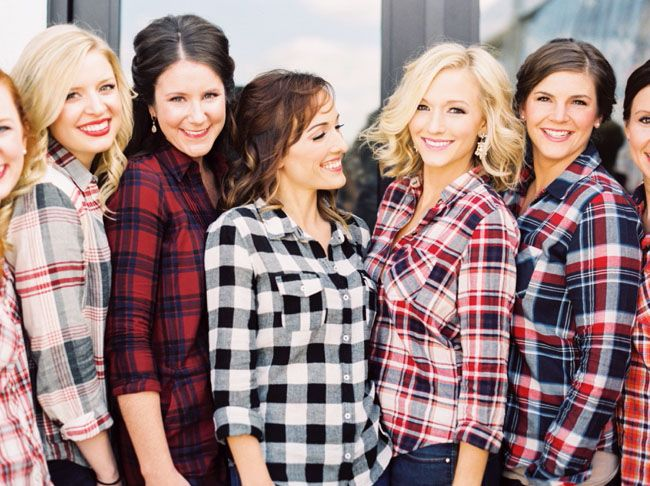 For those of you in a cooler climate, we adore these mismatched flannel shirts which you can easily find anywhere from Forever 21 to Banana Republic. If you're feeling particularly southern, why not get these monogrammed too? {via green wedding shoes}